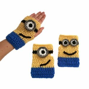 Fingerless-Minion-Mitts_Large400_ID-661631